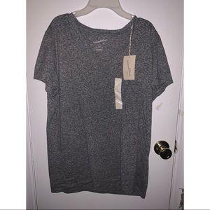 Universal Thread Gray V-Neck